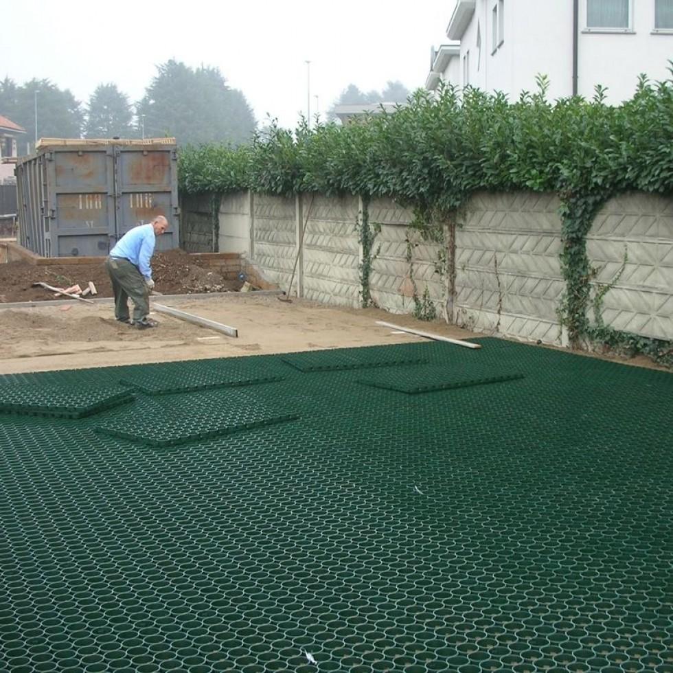 Piastrella salvaprato polipropilene verde - Piastrelle plastica per giardino ...